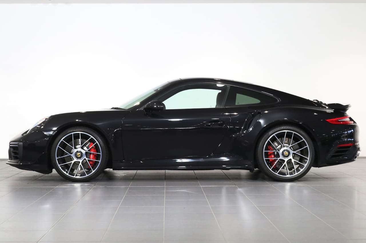 2017 PORSCHE 911 Turbo COUPE